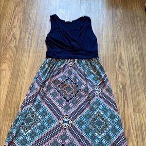 Gilli - Stitch Fix Maxi dress - size Medium